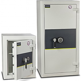 Burton Eurovault Aver Grade 3 Safes £0 - Burglary / Fire Safes
