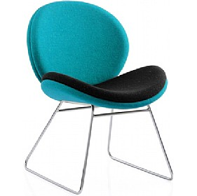 Giggle Skid Base Reception Chair £329 - Reception Furniture